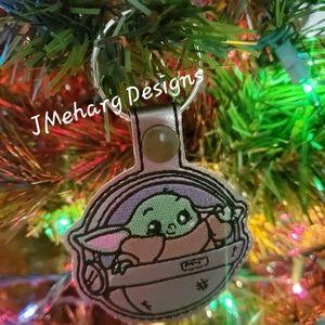 Custom Embroidered Baby Yoda Snap Tab Keychain
